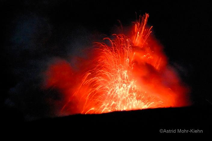 02 Hawaii 2 Fiery Kilauea